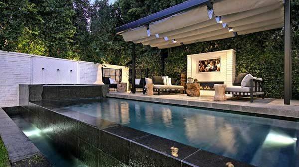 mansão com piscina