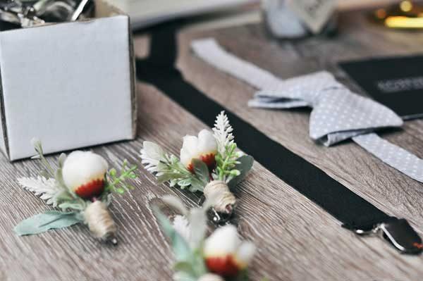 flor de lapela para padrinhos de casamento