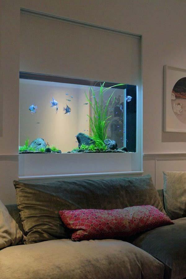 quarto com aquário