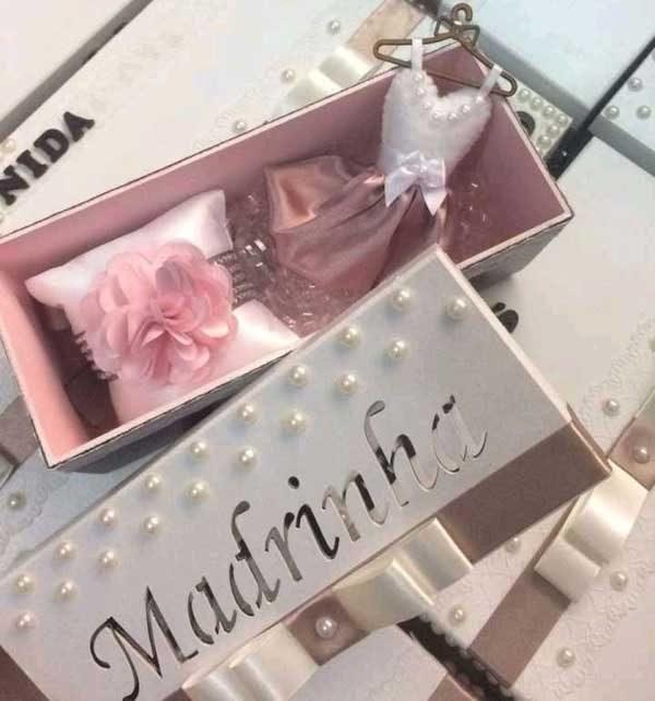 caixa convite para madrinha