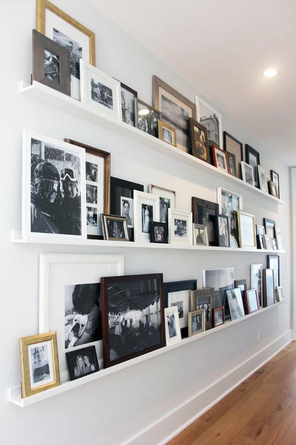 quadros apoiados gallery wall