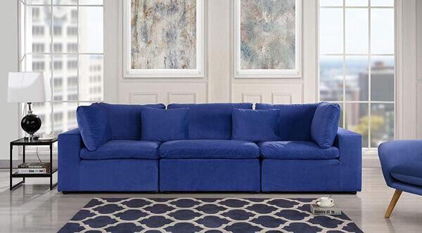 sala de estar cor pantone 2020