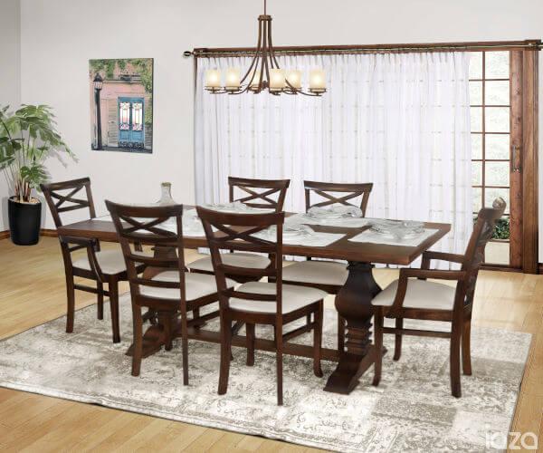 mesa de jantar clássica com cadeiras estofadas