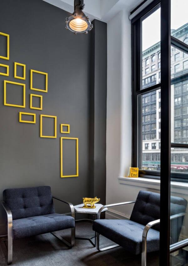 decoração discreta com amarelo