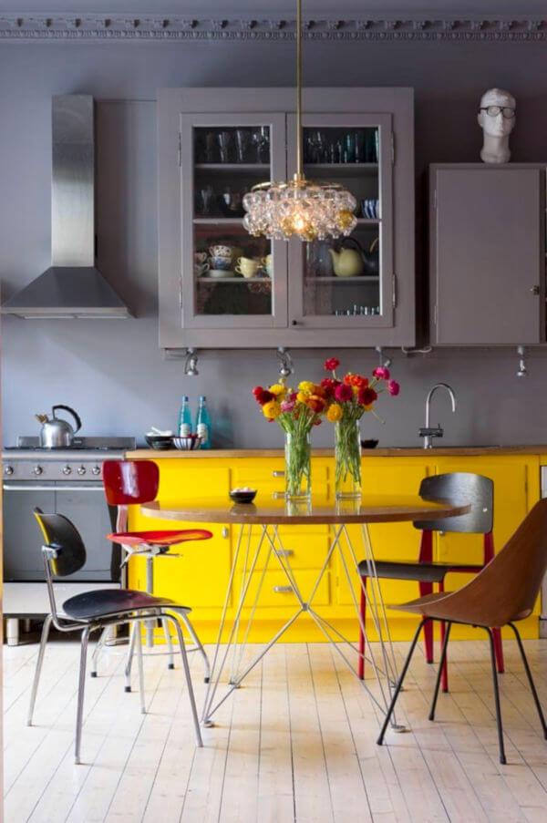 cozinha amarelo e cinza