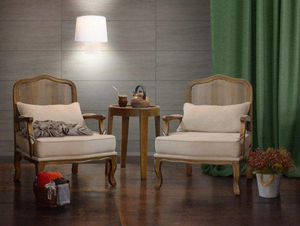 Poltronas na sala de estar